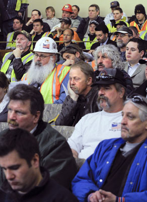 Operating engineers fill the hearing room March 23 to listen to the House Taxes Committee discuss a bill that would encourage job creation. (Photo by Andrew VonBank)